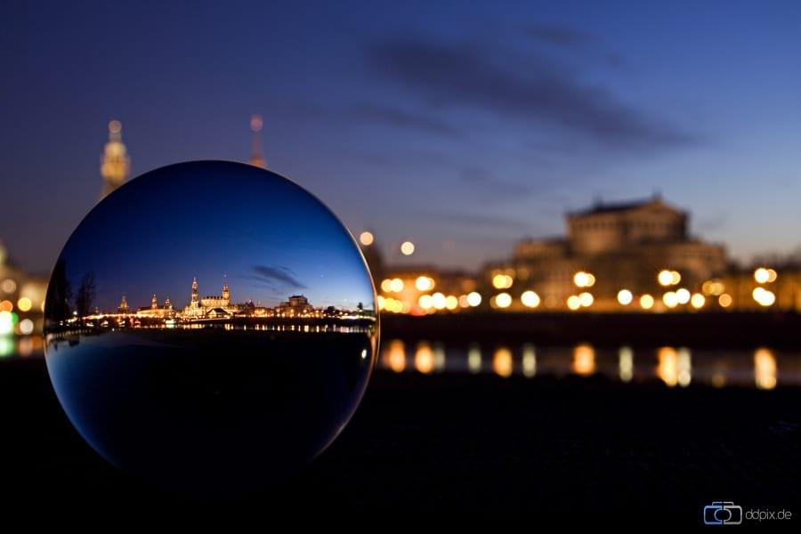 Die Glaskugel als Blickfang
