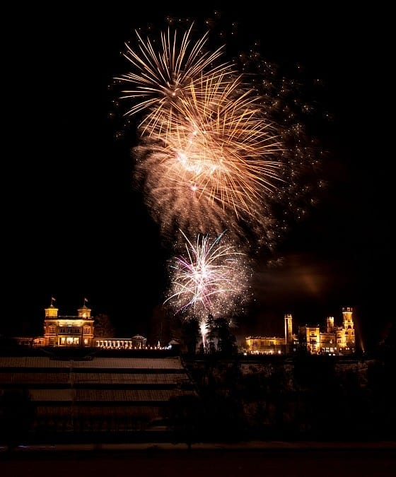 Feuerwerk am Schloss Eckberg
