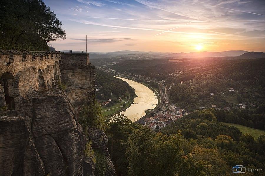 Sonnenaufgang auf der Festung Königstein