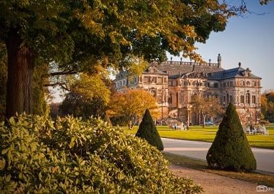 Der Palais im Großen Garten im Herbst