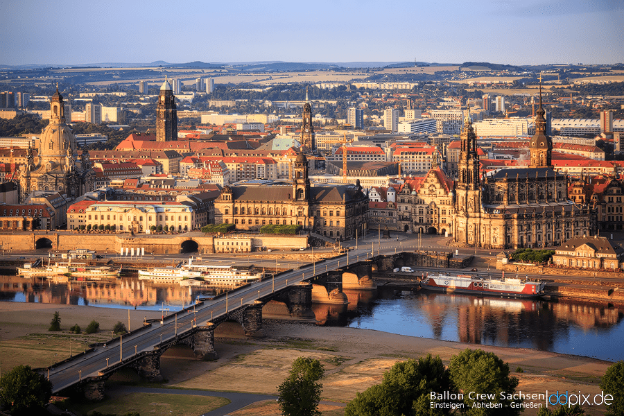 Dresden zur Goldenen Stunde
